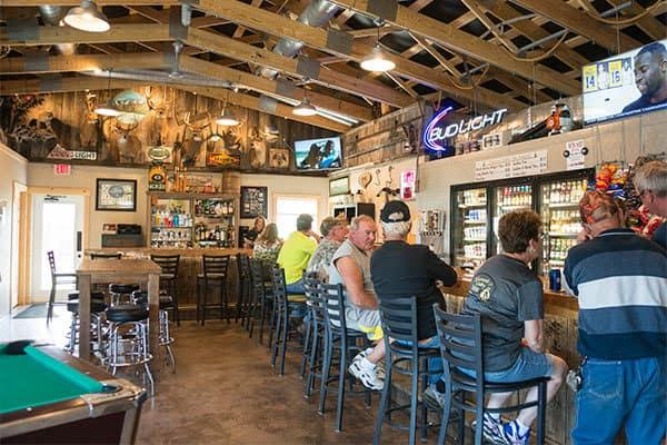 newcomb-valley-inn-bar